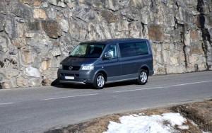 VW Multivan en montagne